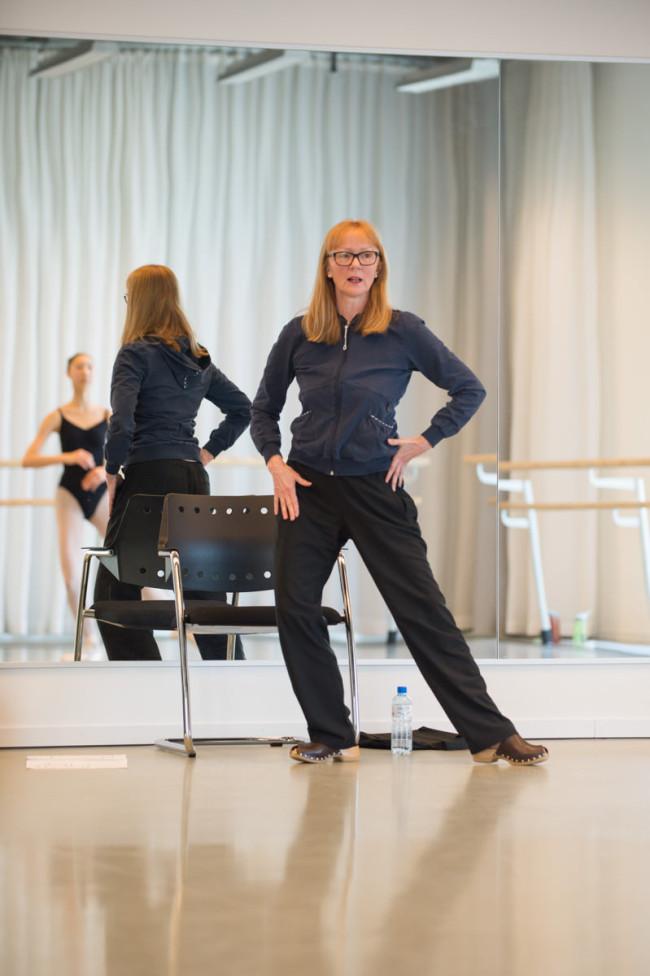 Steffi Scherzer mit ihren Schülern beim Training in der Tanz Akademie Zürich. Foto: Mike Flam