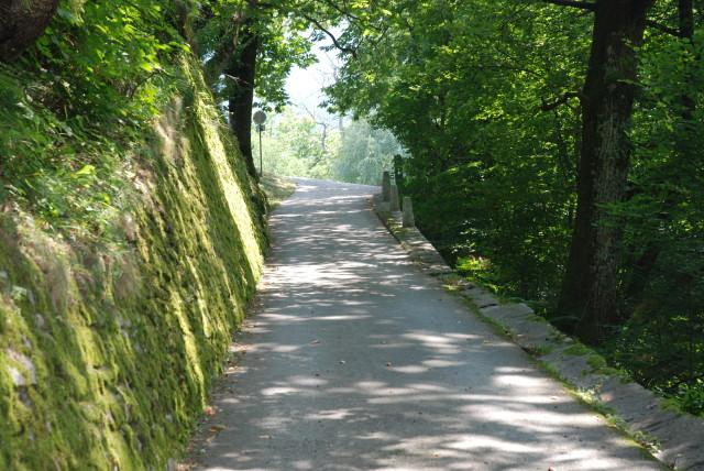 Enge Gassen und Wege #Soglio. Foto: Elisabeth Giovanoli