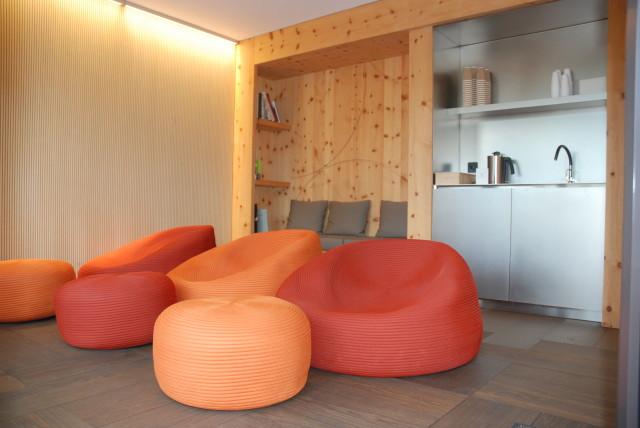 ausgestattete Wellnessbereich mit Sauna, Dampfbad und Fitness.