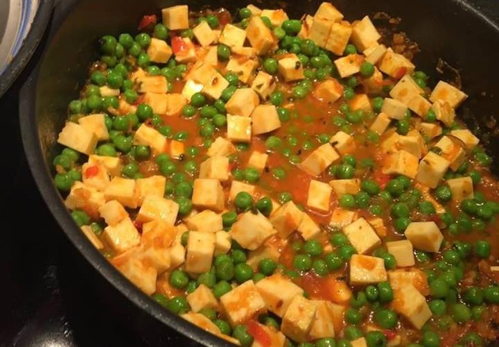 Ein duftendes Matar-Paneer Curry.