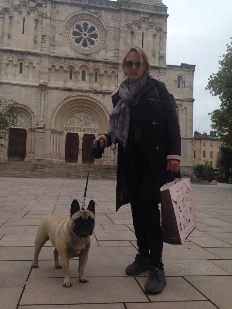 Auch auf Reisen immer gerne dabei - Macon in Frankreich
