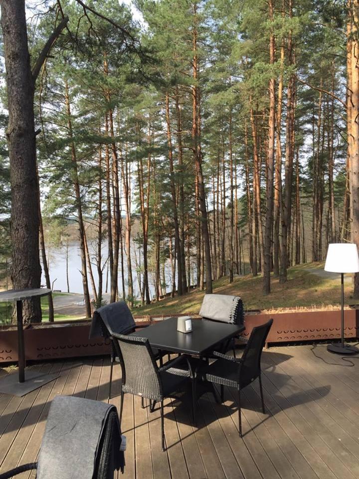 Das Toni Areal in der Nähe von Vilnius. Modern, gemütlich und sehr naturnahe.