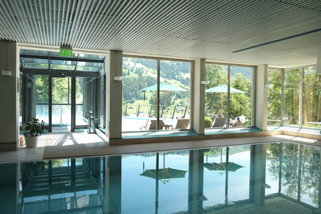 Ein Spa Bereich, der keine Wünsche offen lässt. Lenkerhof, Simmental. Foto: Elisabeth Giovanoli