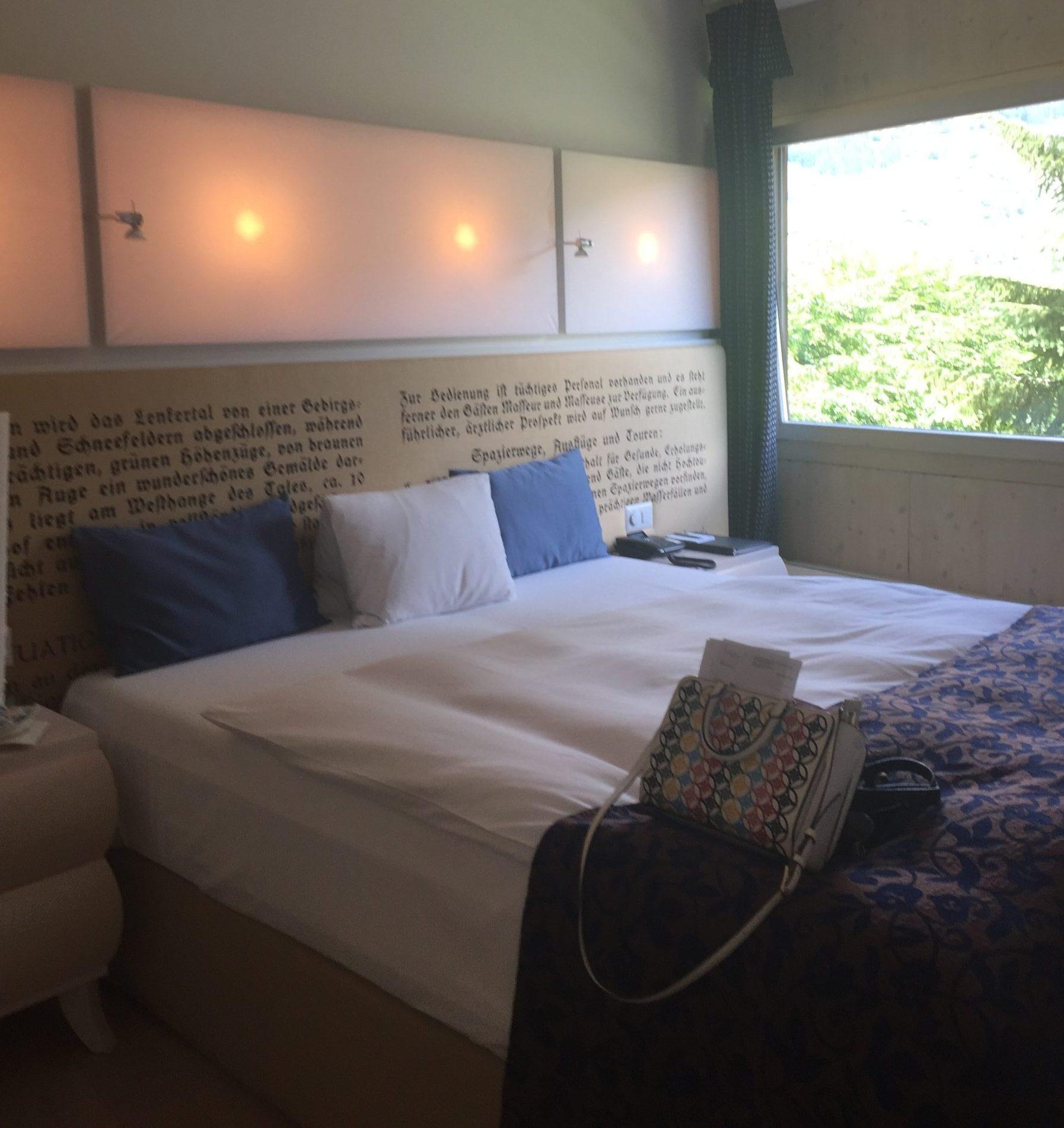 Loft Suite - Trennbarer Schlaf- Wohnbereich, freistehender Badewanne und traumhaften Ausblick.
