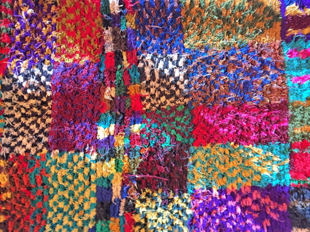 Jeder Teppich ist individuell gestaltet. Ein Feuerwerk von Farben.