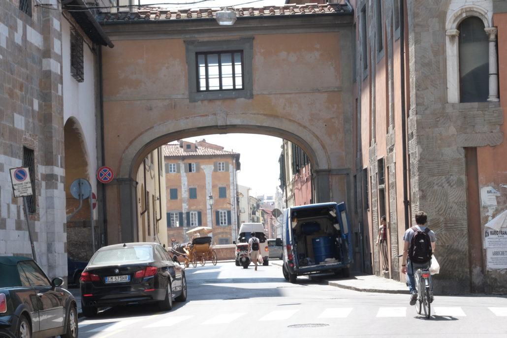Pisa - mit seinen Elite Hochschulen eine beliebte Studentenstadt. Foto: E. Giovanoli