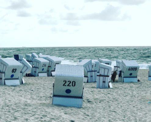 Strandkörbe am Strand von Kampen - Foto: Elisabeth Giovanoli