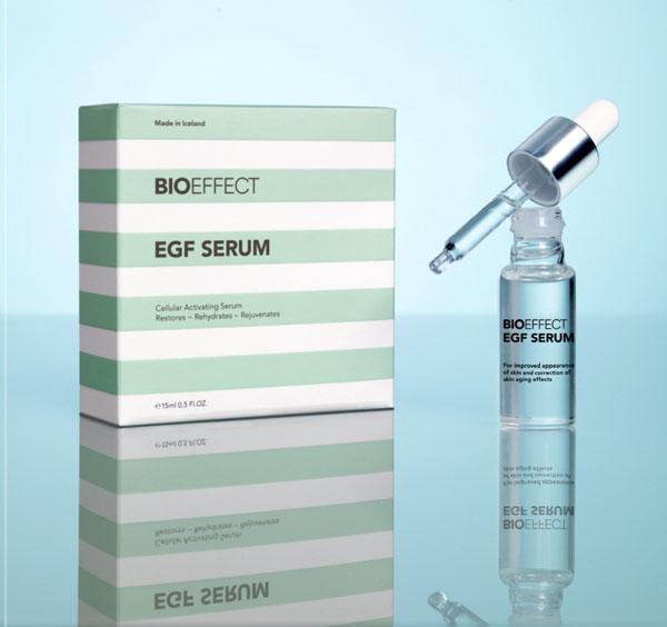 Klein, hochkonzentriert und wirksam, das Bioeffect EFG Serum.